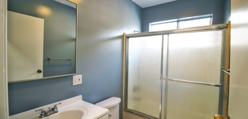 941 N. Kingsley Dr. #2 For Lease! 1 MONTH FREE!